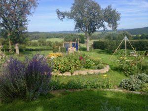 Eifel Ferienidylle Künstler Garten nebenan 1