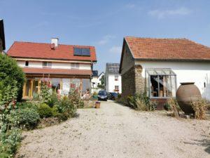 Ferienhaus Eifel Uedelhoven Rückansicht Künstlerhäuser