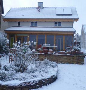 Eifel Ferienidylle Rückansicht Winter