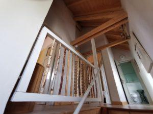 Ferienhaus Eifel Uedelhoven Treppenaufgang
